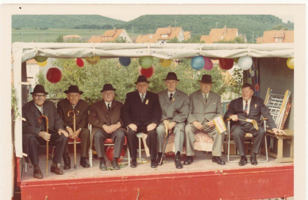 Altersabteilung Gesangsverein Eimsen 2.vl. Karl Seegers